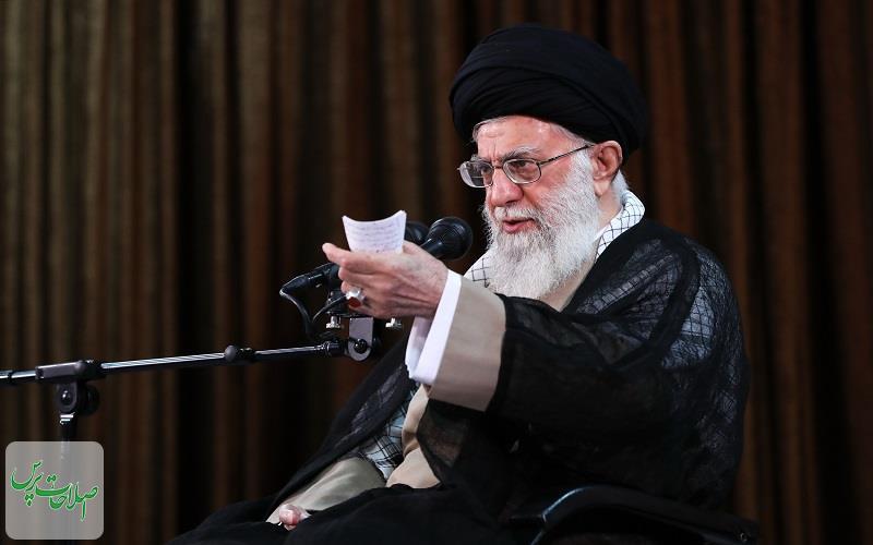 رهبری-انقلاب-امریکاییها-به-دنبال-بازگشت-به-موقعیت-و-جایگاه-خود-در-ایران-قبل-از-انقلاب-هستند-و-به-کمتر-از-این-هم-راضی-نخواهند-شد