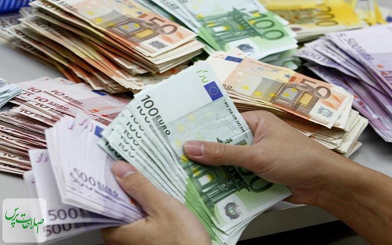 نرخ-رسمی-یورو-و-پوند-کاهش-یافت