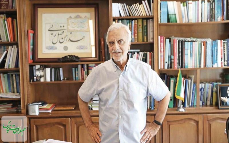 احمدینژاد-۴-۵-هزار-نفر-را-برای-بستهبندی-نامهها-استخدام-کرد-روحانی-با-مردم-حرف-نمیزند