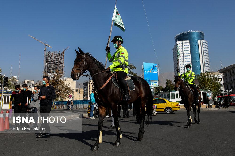 رژه-یگان-ویژه-اسب-سوار-ناجا-در-خیابان-ولی-عصر