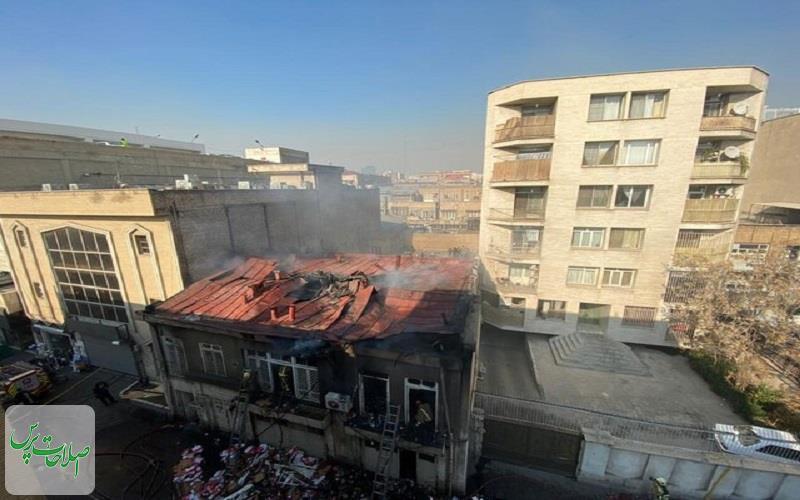 جزییات-حریق-در-لالهزار-نجات-۶-نفر-از-میان-آتش