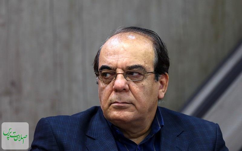 عباس عبدی: با گفتن «تکرار می کنم» مردم پای صندوق رای نمی آیند