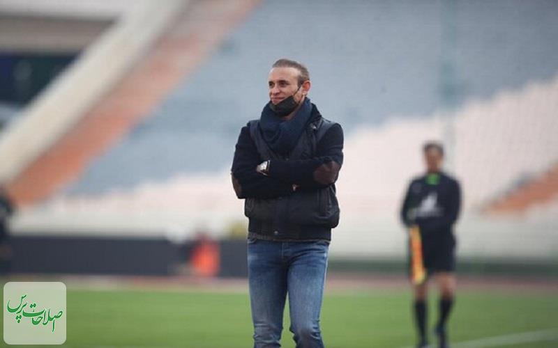 گل محمدی: فدراسیون فوتبال جای آدمهای کوچک نیست